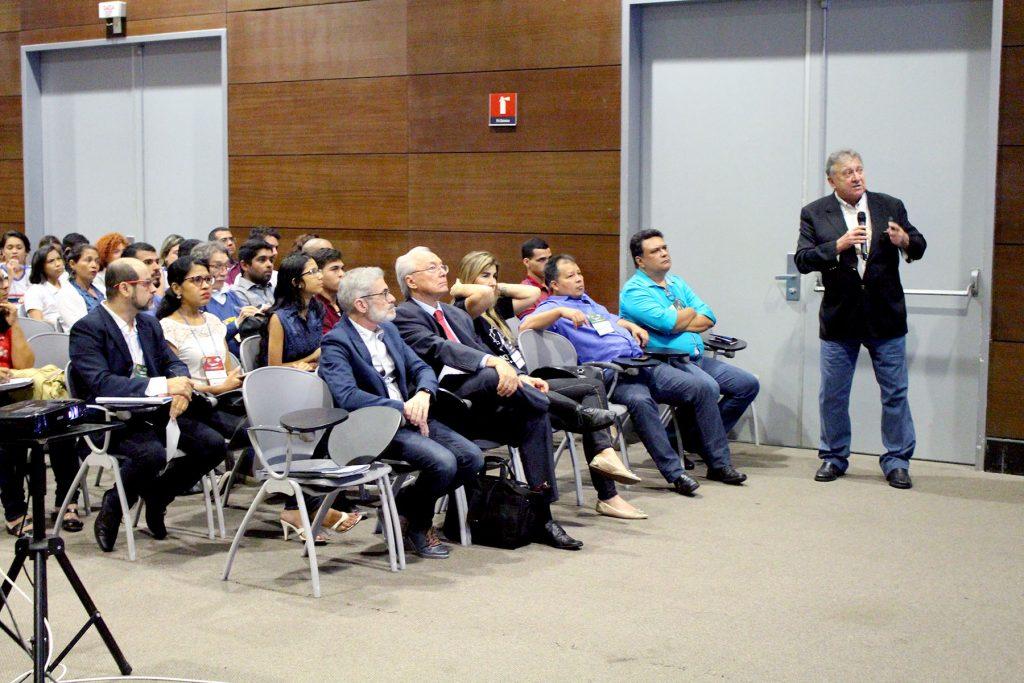 A palestra magna fez parte do workshop Transformando Conhecimento Científico em Soluções