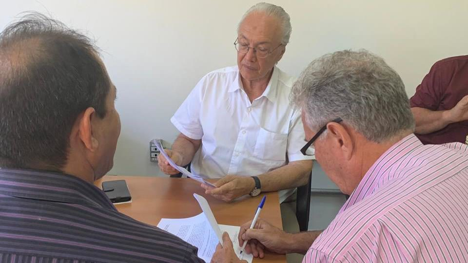 assinatura termo de cooperação