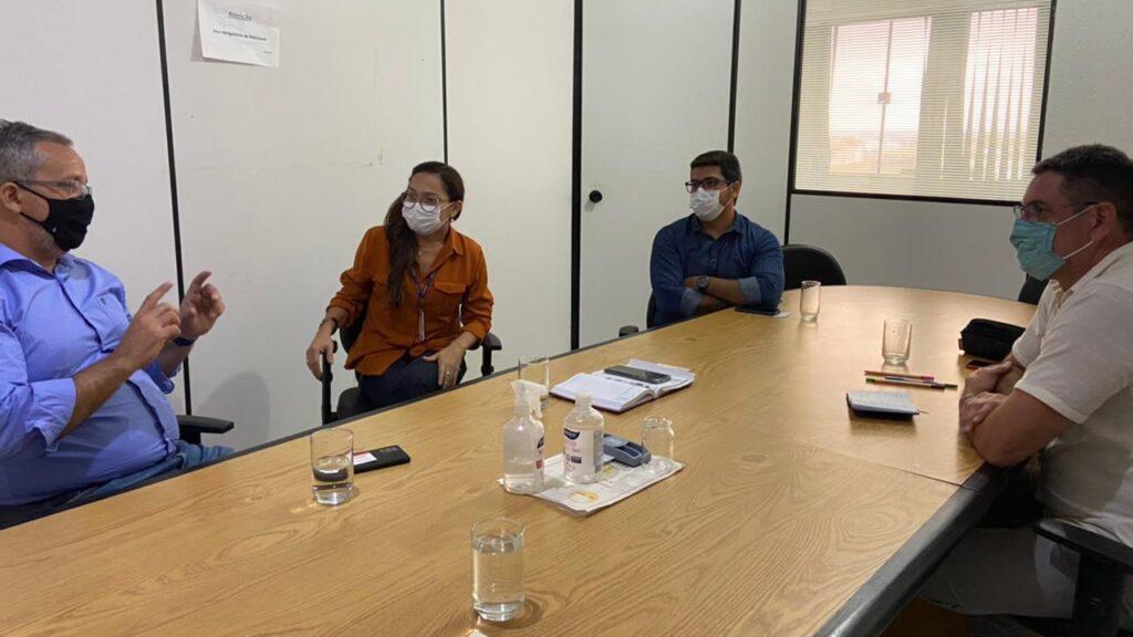 Edson Anilo Cardoso, titular da Secretaria Municipal de Agricultura – Semagri, Artur Silva da BioTec-Amazônia e equipe da Adepará